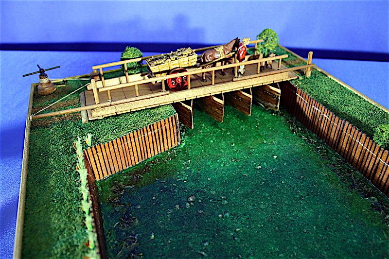 Le macchine di leonardo ponte mobile di barche for Mobile a ponte
